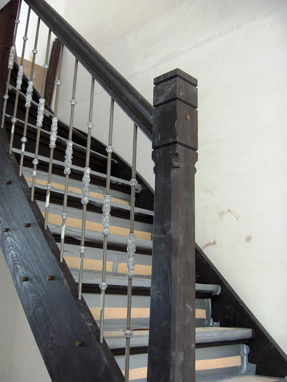 Op de sniep houten trappen op maat gemaakt for Houten trappen op maat gemaakt